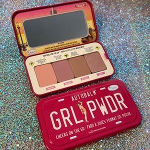 THEBALM GRL PWDR cheek blush palette